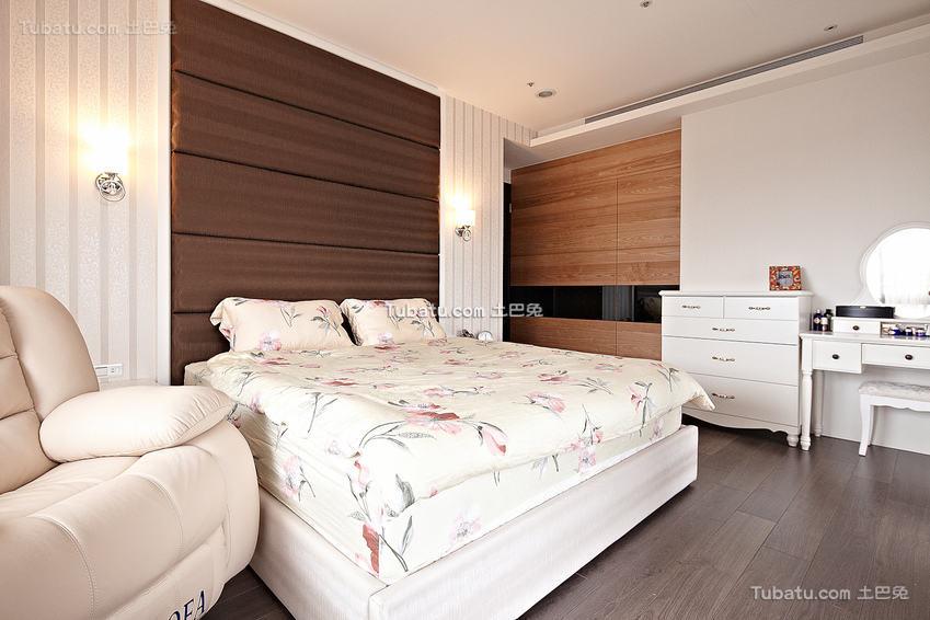 简约时尚卧室图