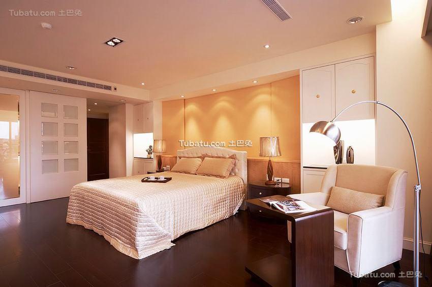 优雅整洁现代卧室装修