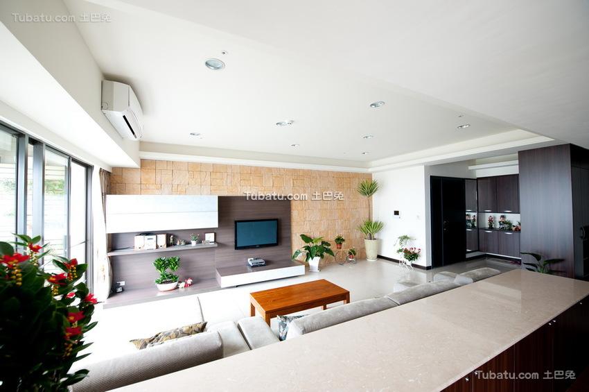 现代装修10平米客厅