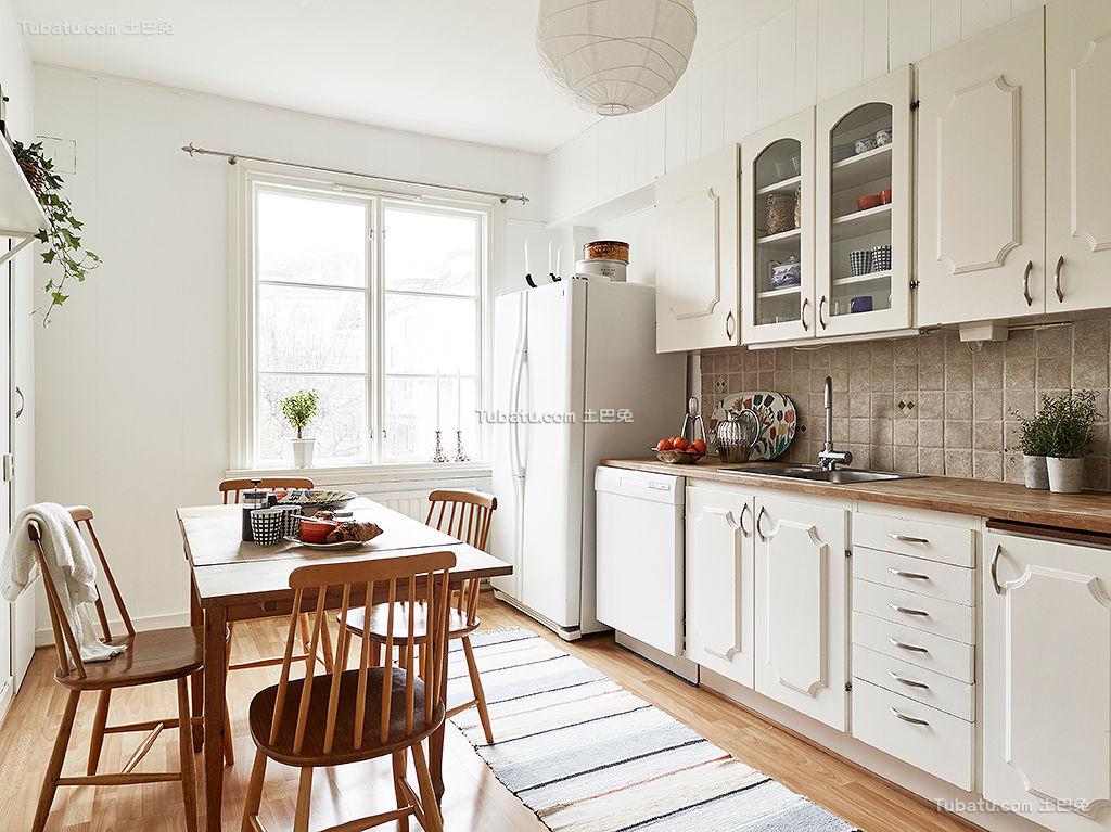 北欧简洁厨房设计展示
