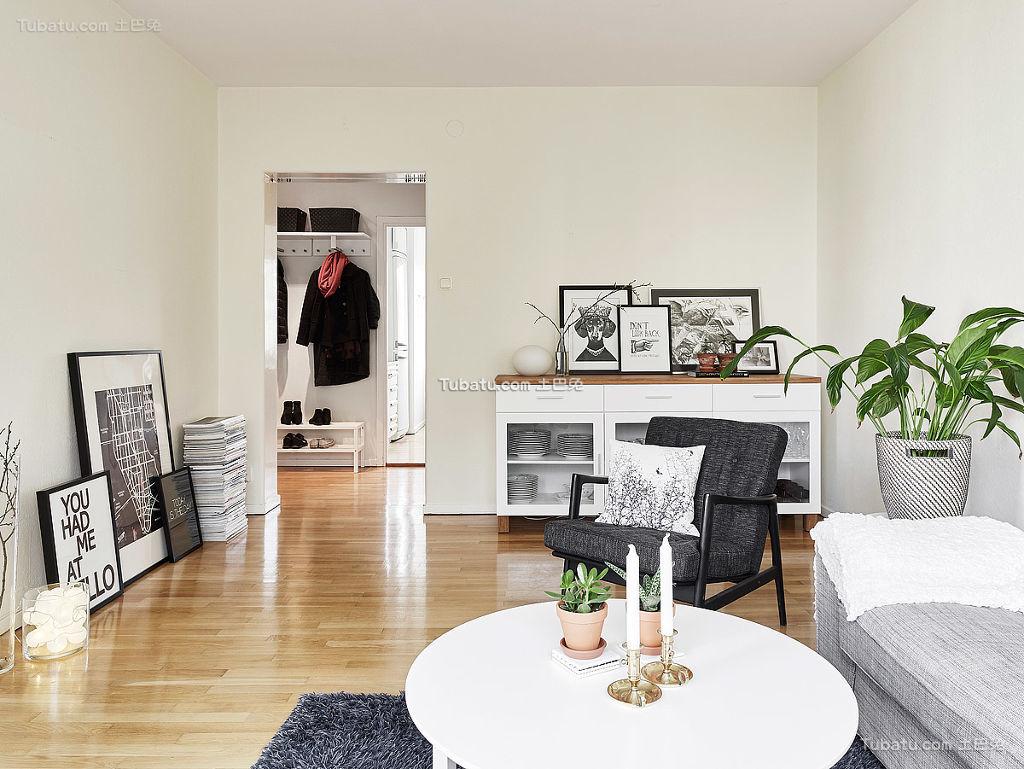 北欧风格客厅装饰展示