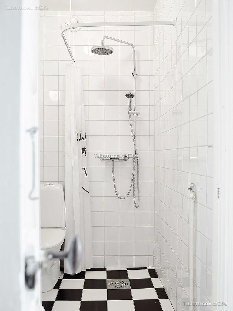 简洁时尚北欧卫生间装修案例