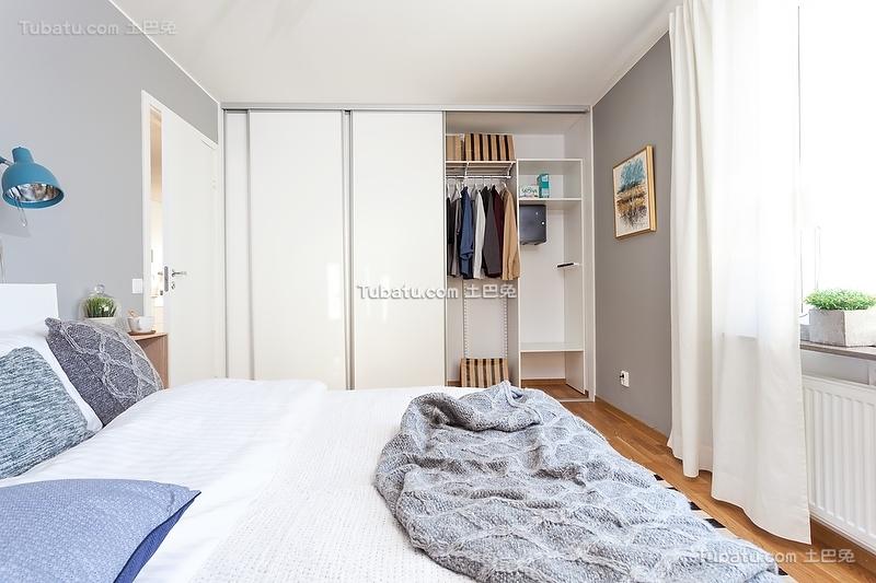 北欧风格淡蓝色卧室装修