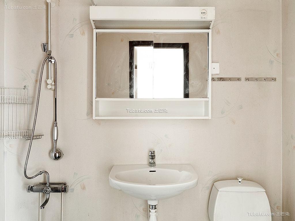 北欧艺术家卫生间装修案例