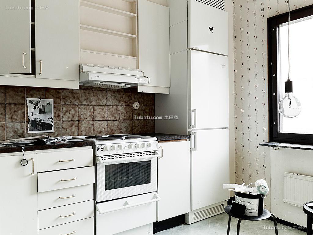 北欧艺术家厨房装修案例
