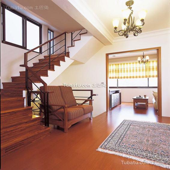 现代实木楼梯室内效果图