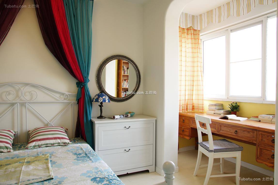童趣地中海书桌台卧室装修案例