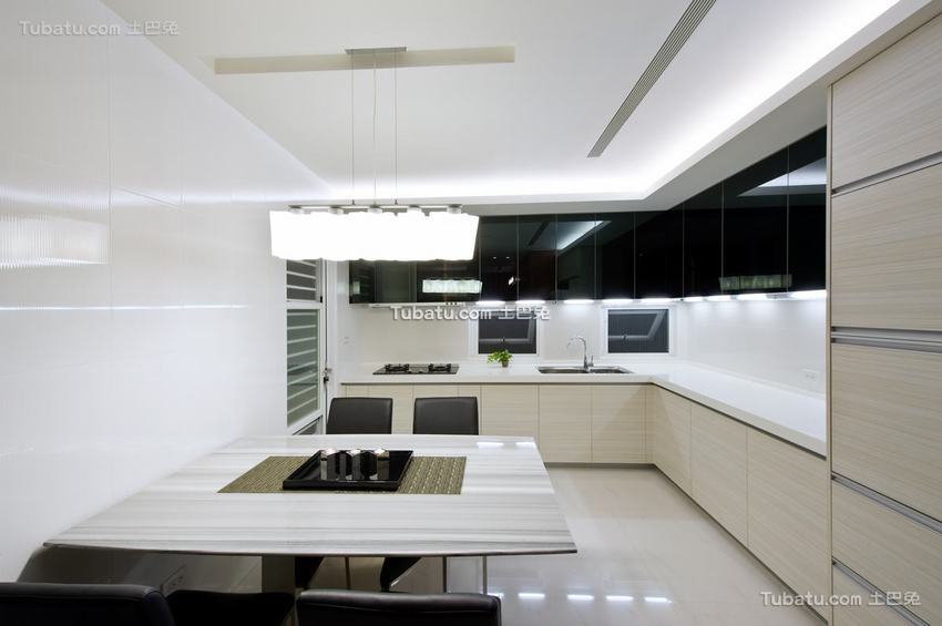 现代公寓室内厨房家居布置图片