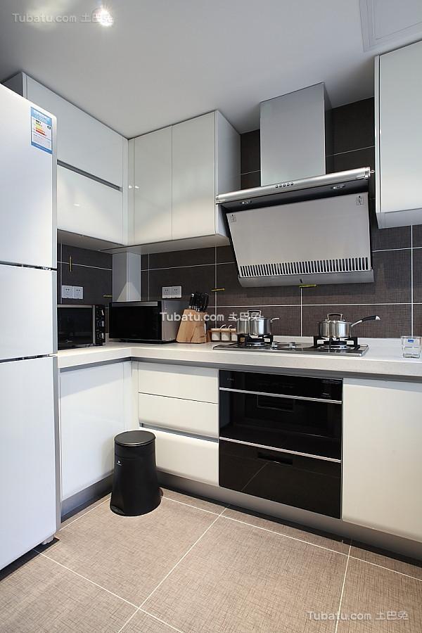 时尚精致现代厨房装修