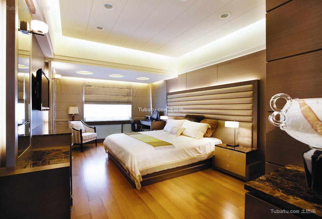 美式15平米卧室