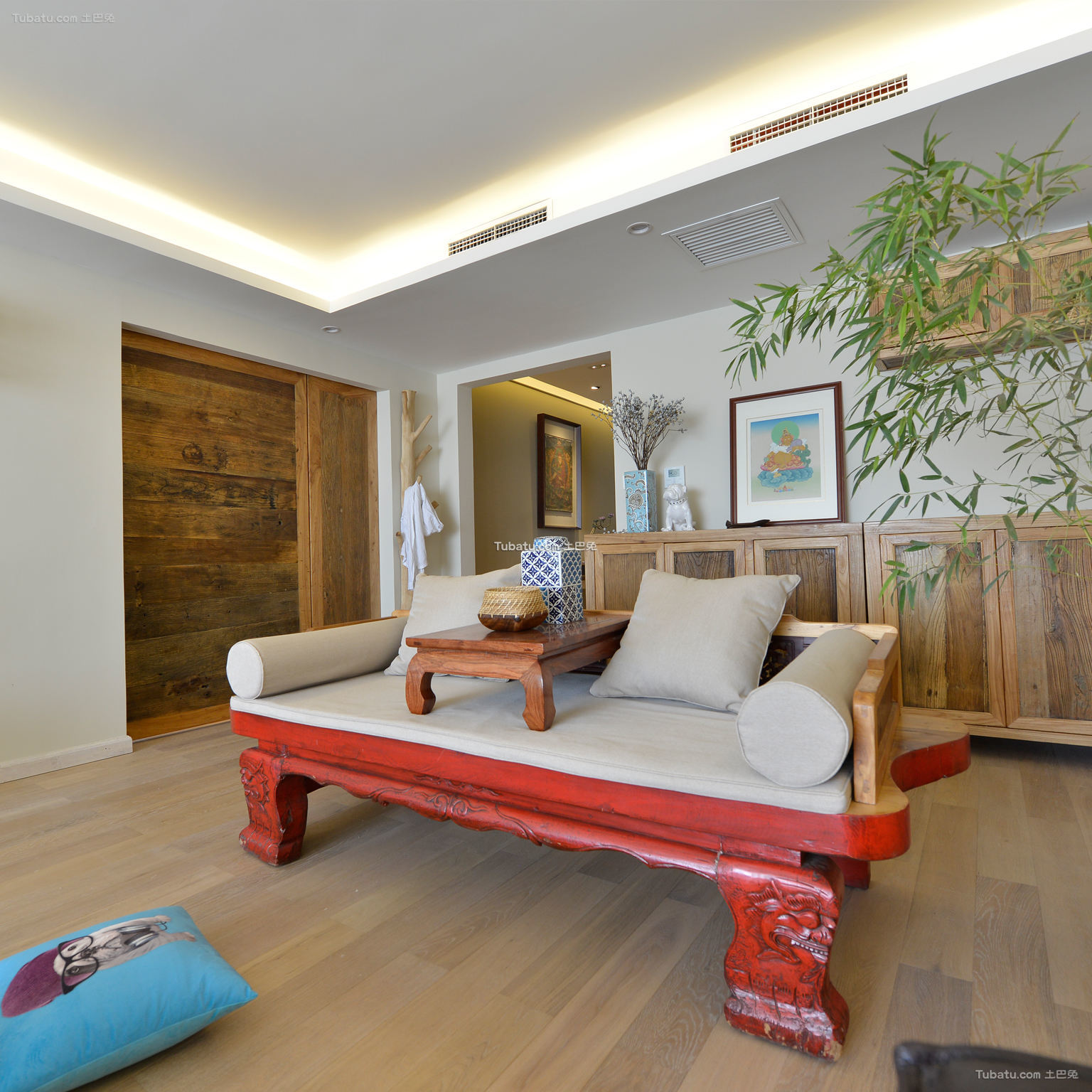 现代中式客厅局部装修展示