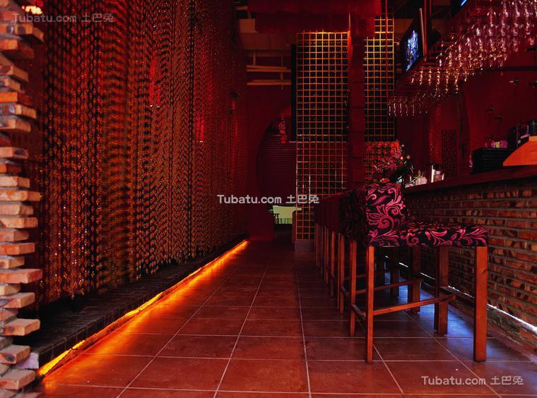 小酒吧设计室内效果图
