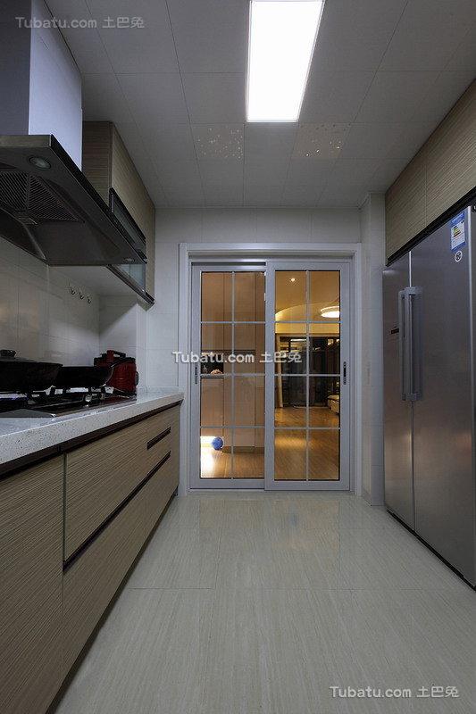 现代家装厨房欣赏