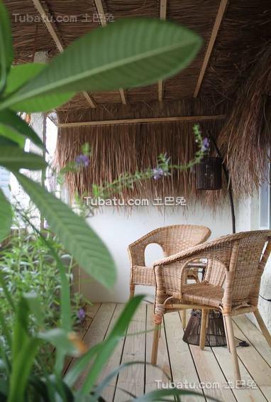 最新东南亚风格别墅阳台室内装饰图片