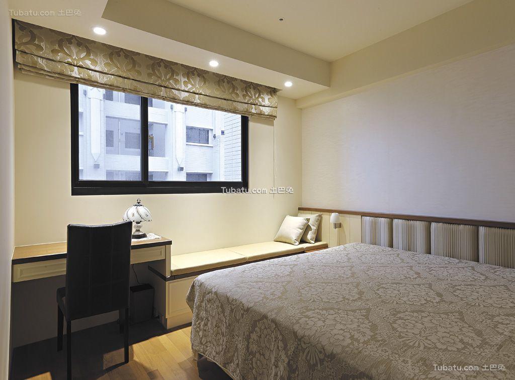 现代简约风格卧室飘窗