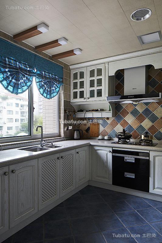 地中海复古厨房装修