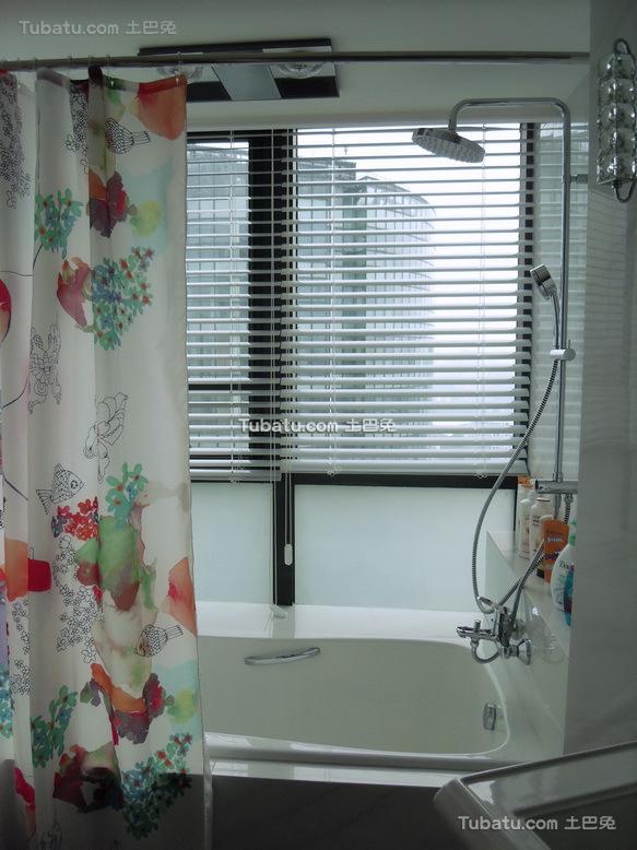 现代时尚浴室设计装修效果图