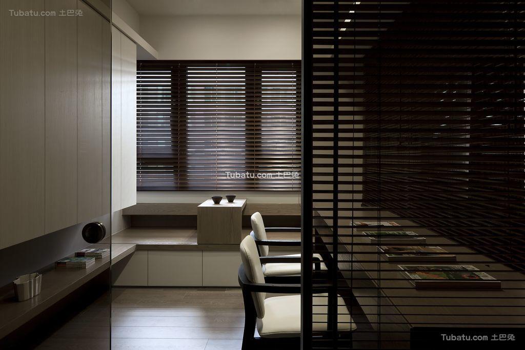 现代家装室内隔断图
