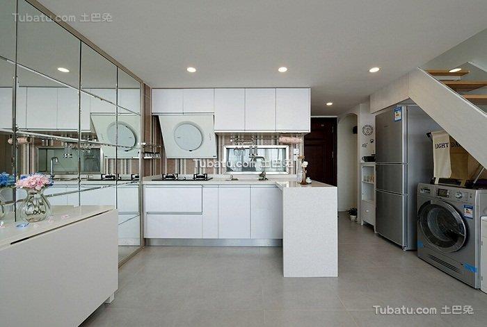 现代简约时尚厨房装潢
