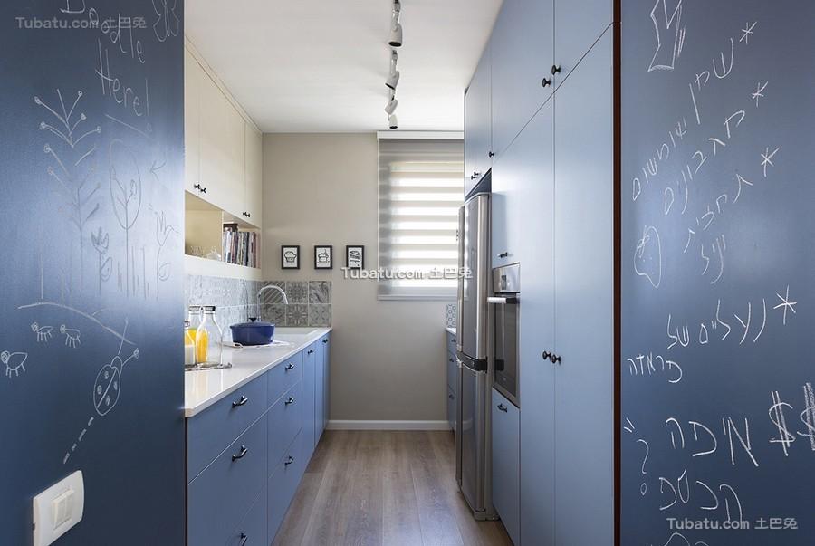 时尚现代蓝色厨房设计