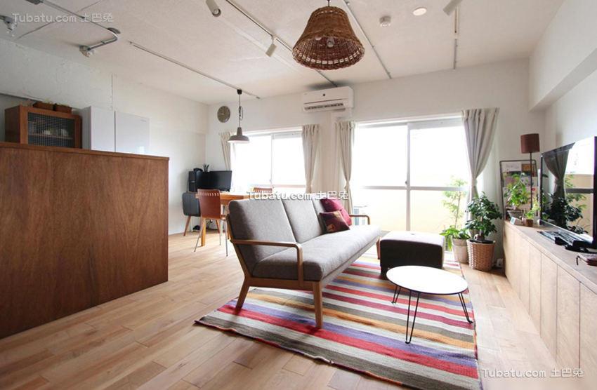 北欧原木风格公寓装修