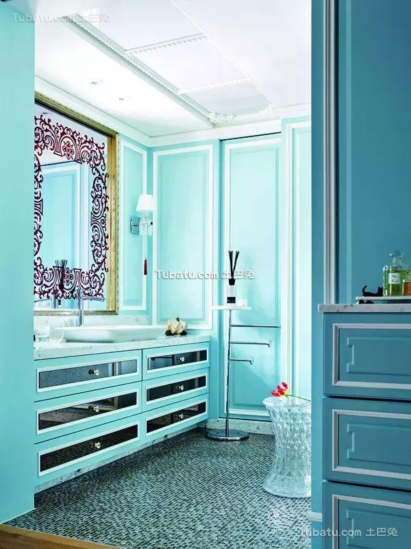 蓝色系精致设计卫生间效果图