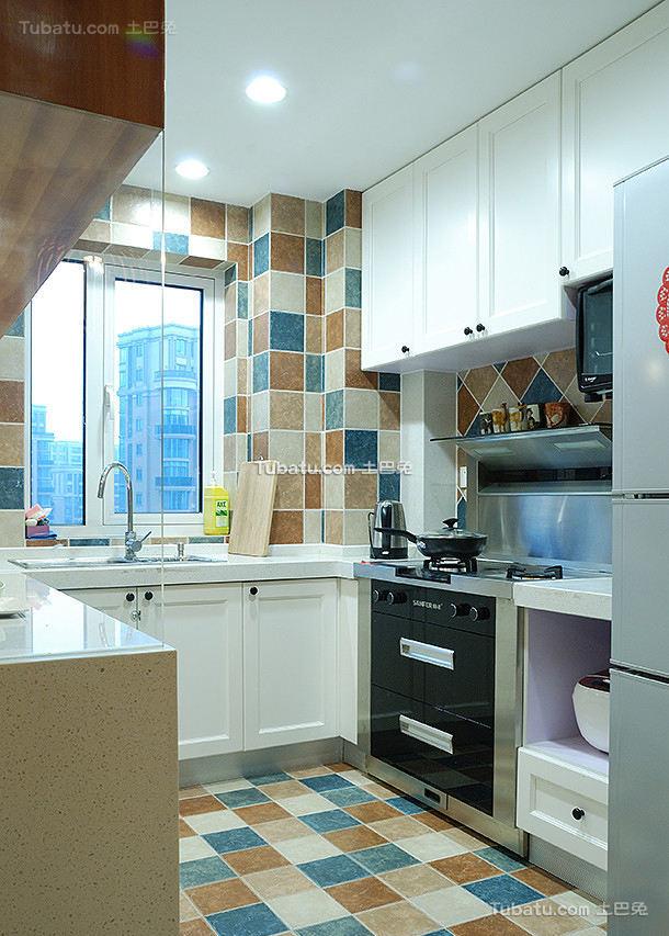 美式现代厨房家居设计效果图