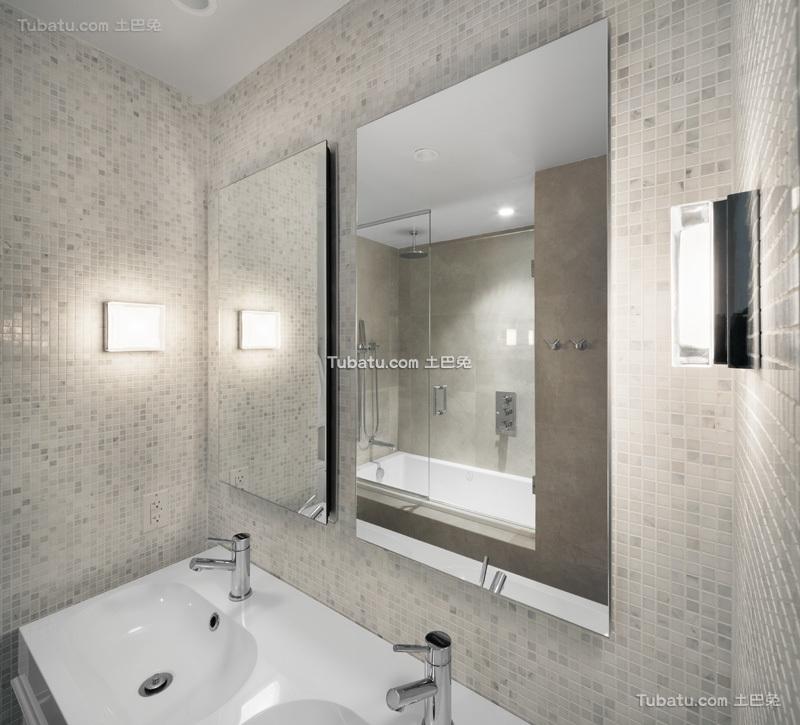 英式简洁卫生间设计