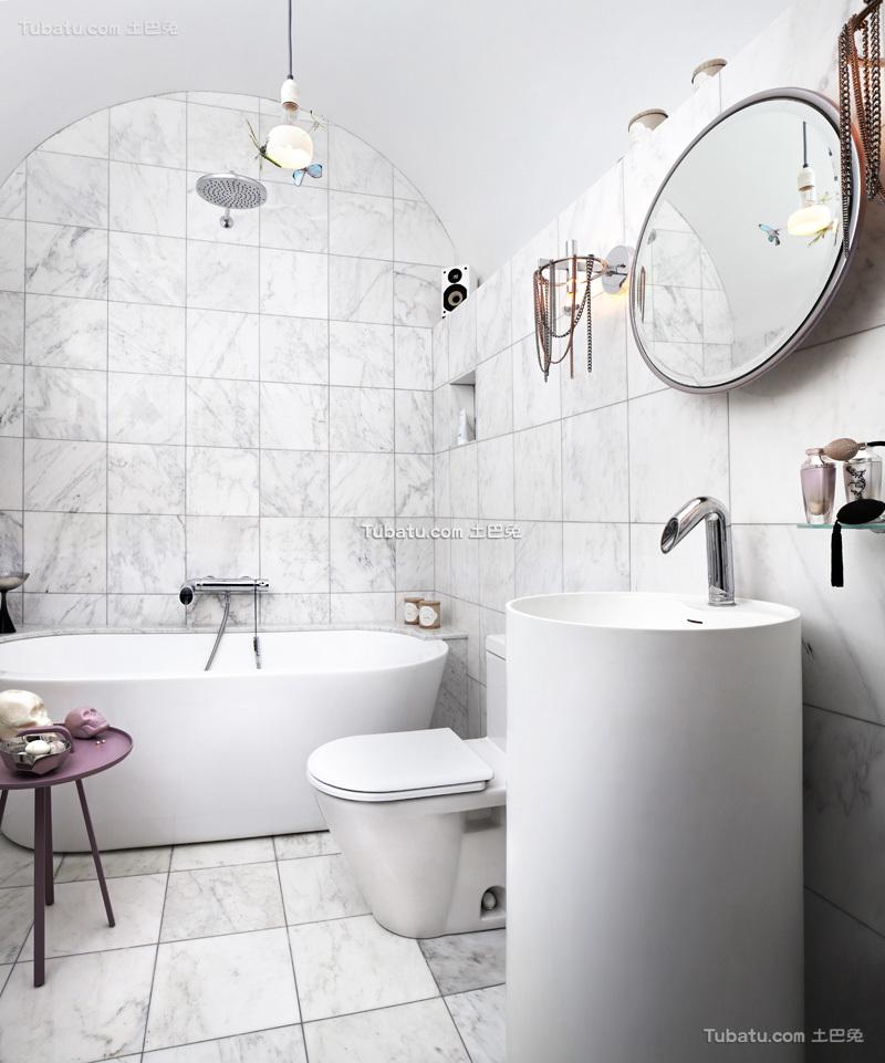不拘一格的卫生间设计
