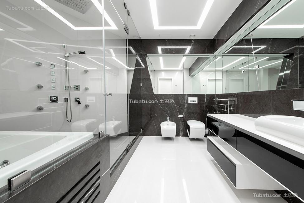 未来感的黑白卫生间设计