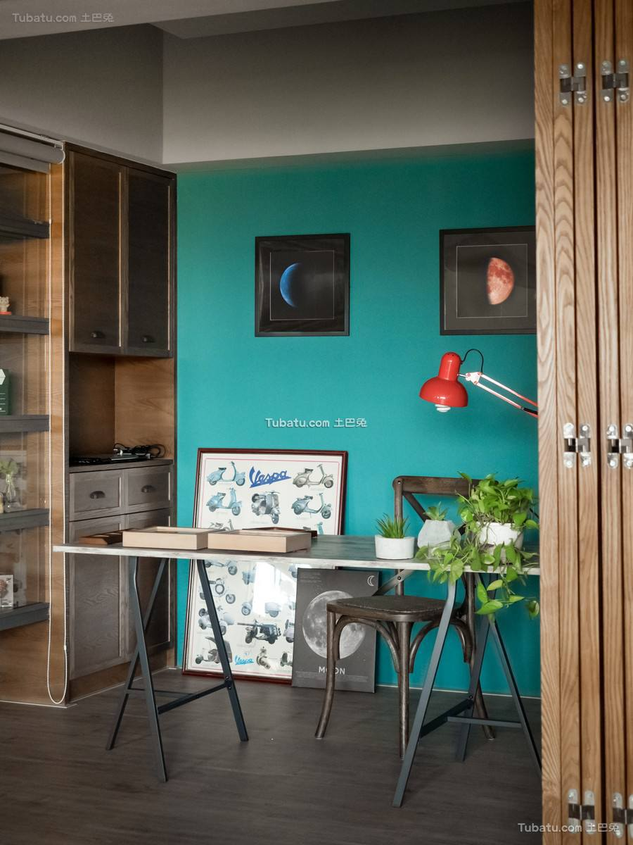 现代简易书桌设计效果图片