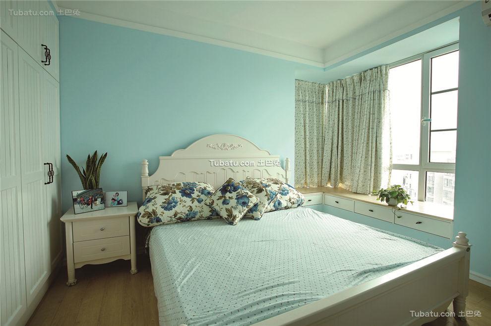 梦幻蓝色田园风卧室设计