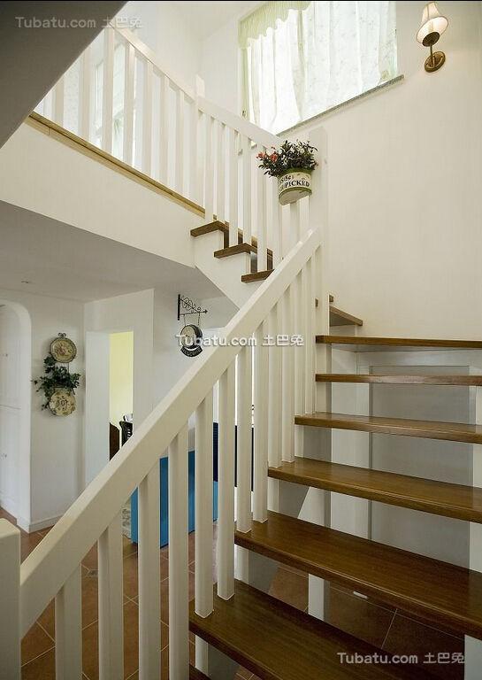 田园风格实木楼梯设计