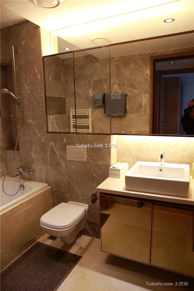现代家庭卫生间设计