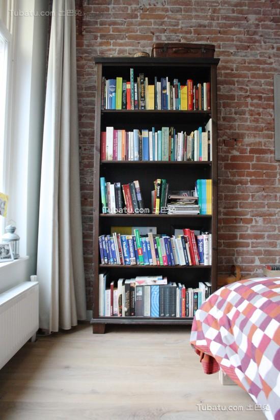 全开放式家居装修书架设计