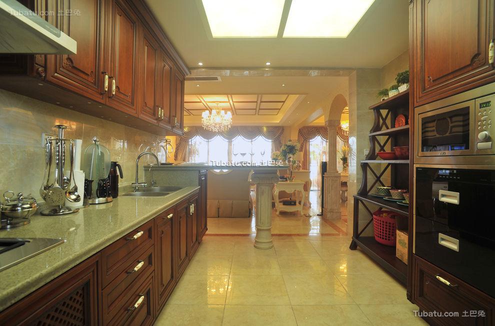 欧式实木厨房装修美图