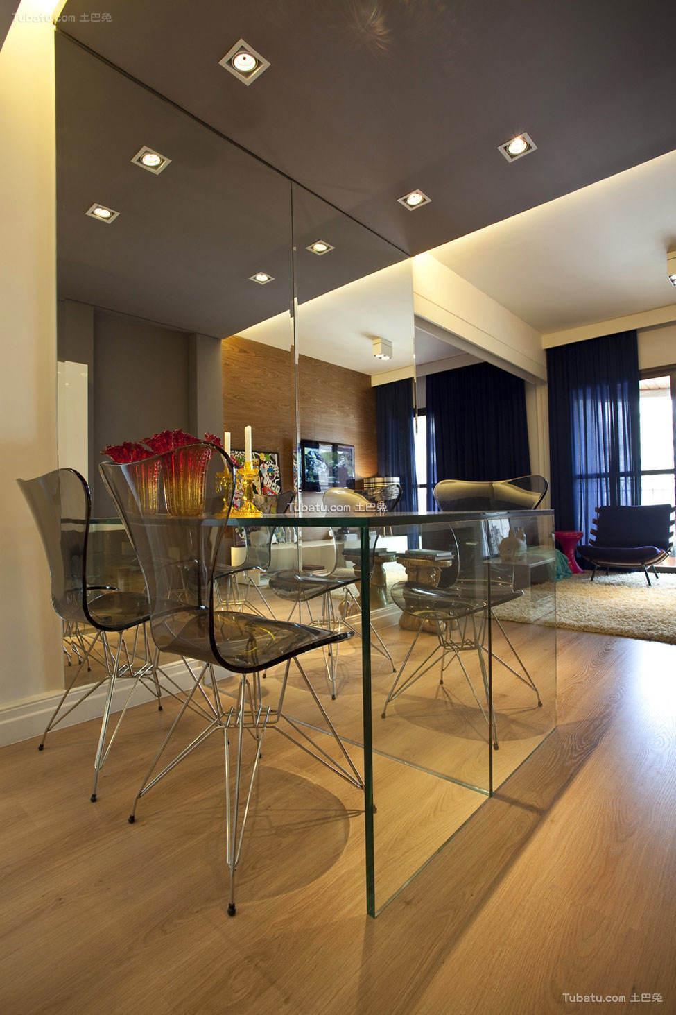 色彩搭配丰富的精致公寓厨房设计