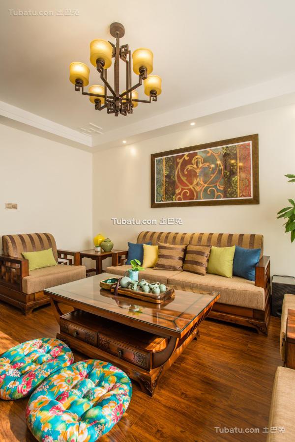 东南亚异域风情客厅装修案例