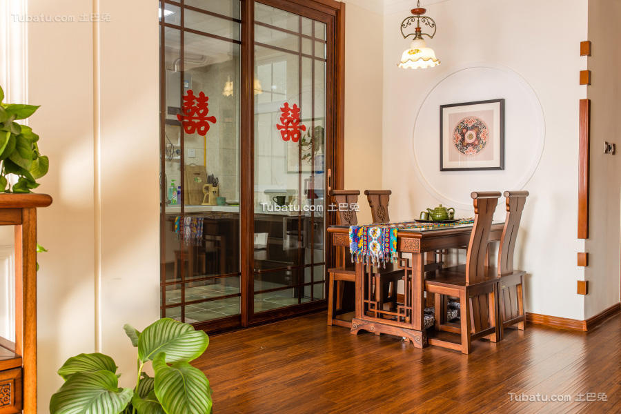东南亚异域风情餐厅装修