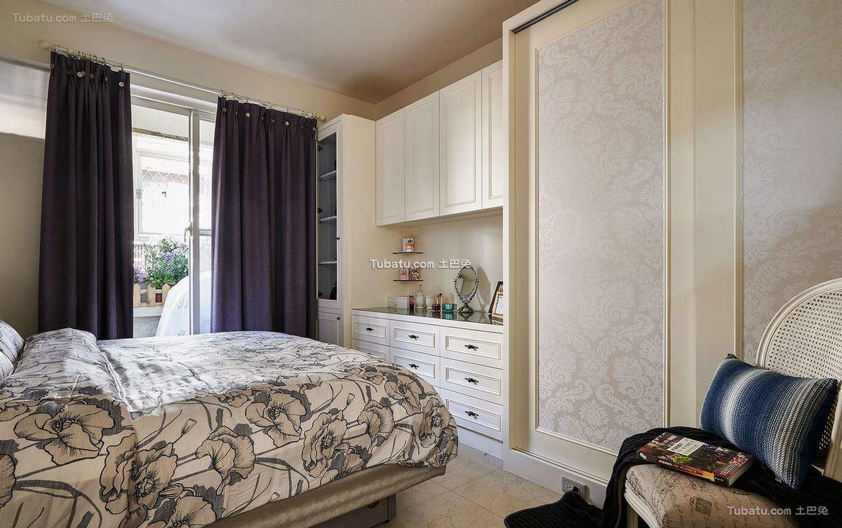 温馨美式卧室设计家居装饰效果图片