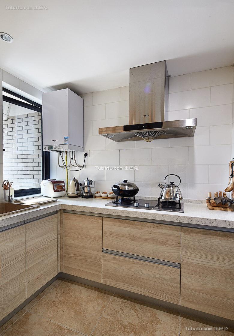 日式复式家居厨房装饰效果图片