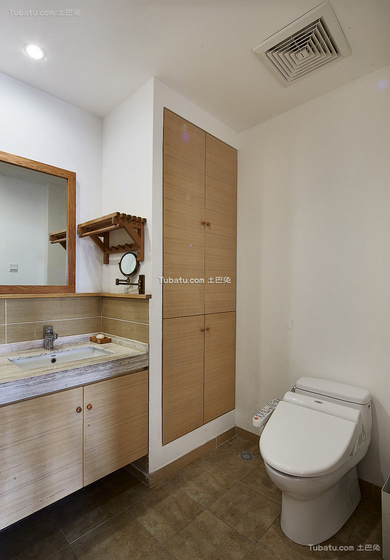 日式卫生间室内装饰效果图片