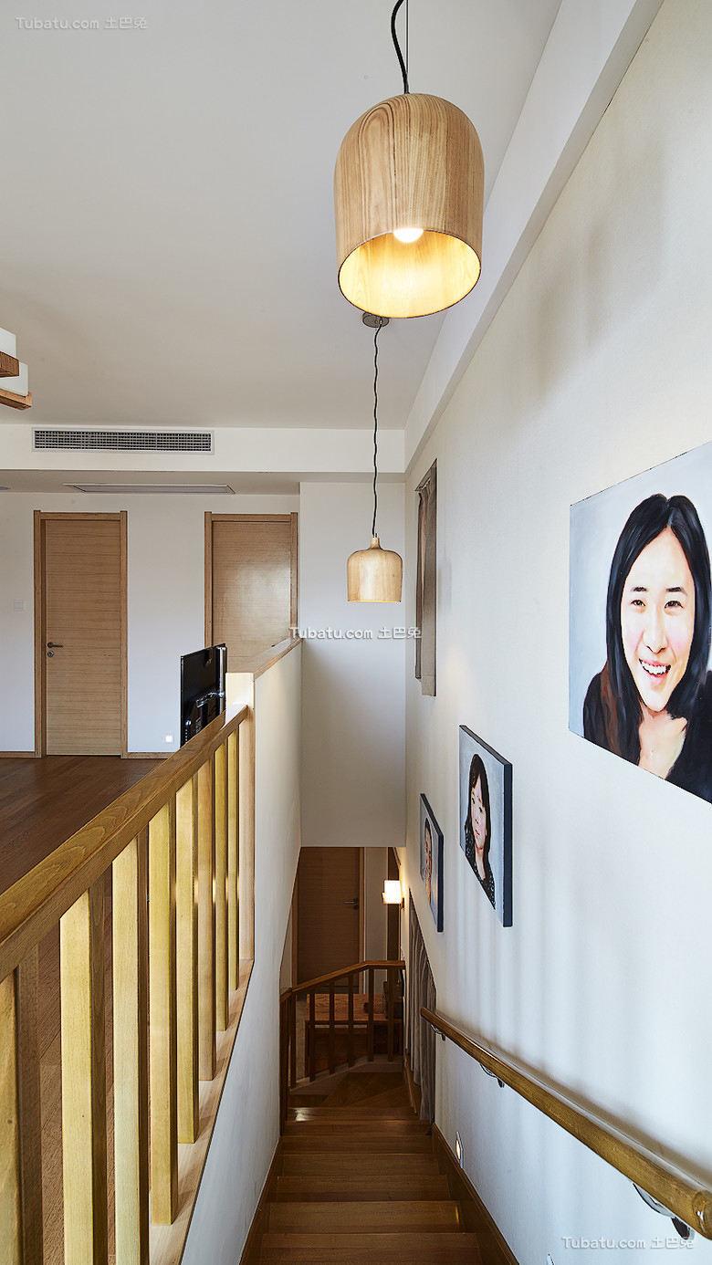 日式复式家居楼梯过道装饰效果图片