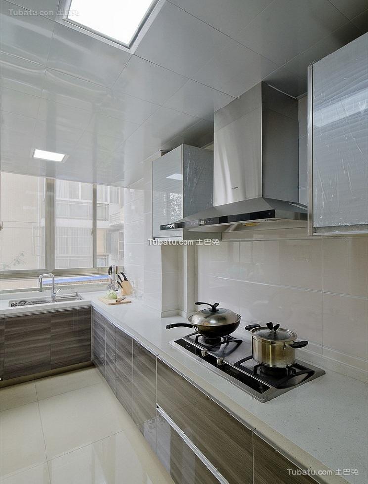现代简约家居厨房设计效果图