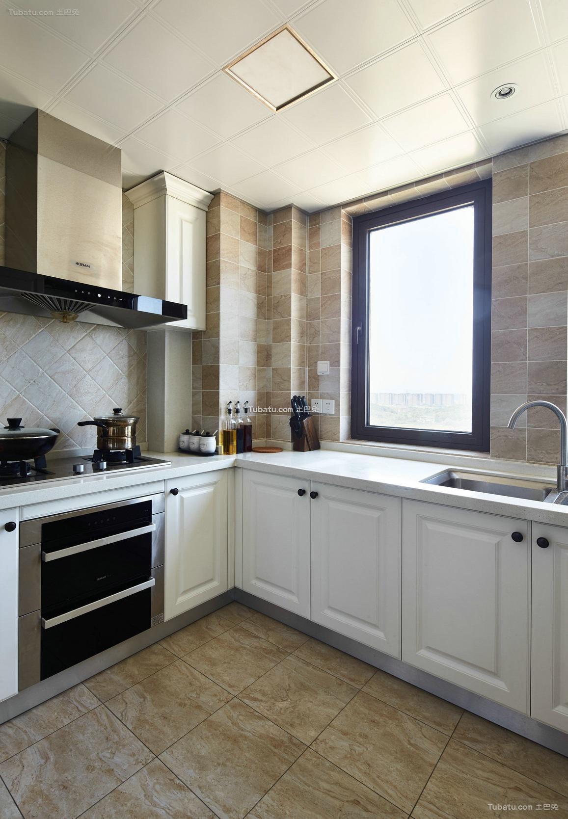 美式厨房家居装饰效果图片