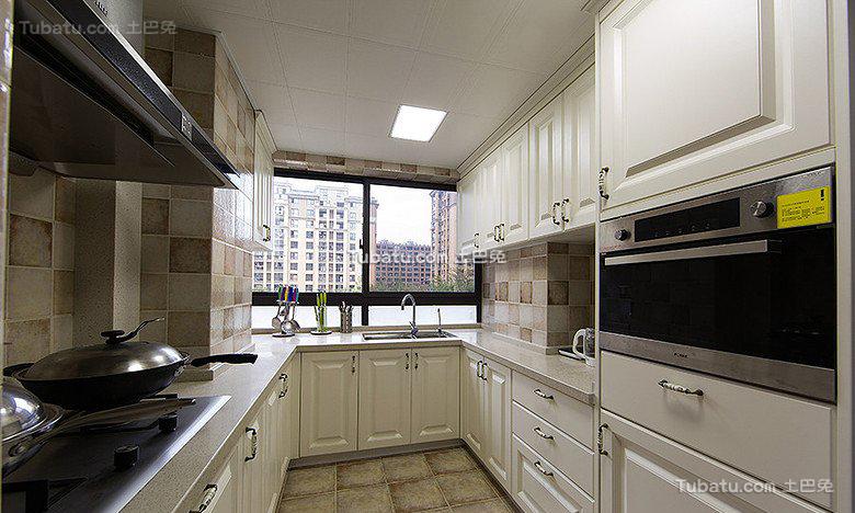 欧式厨房室内设计效果图