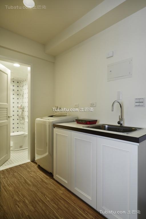 现代简约风格厨房设计效果图片欣赏