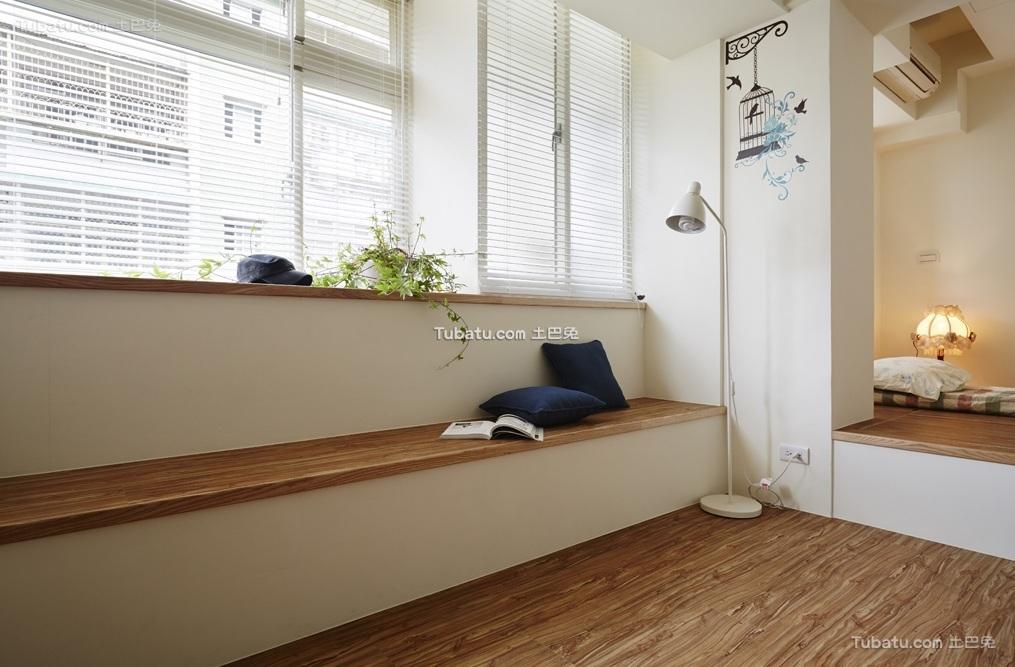 日式简约风格飘窗装修设计图片