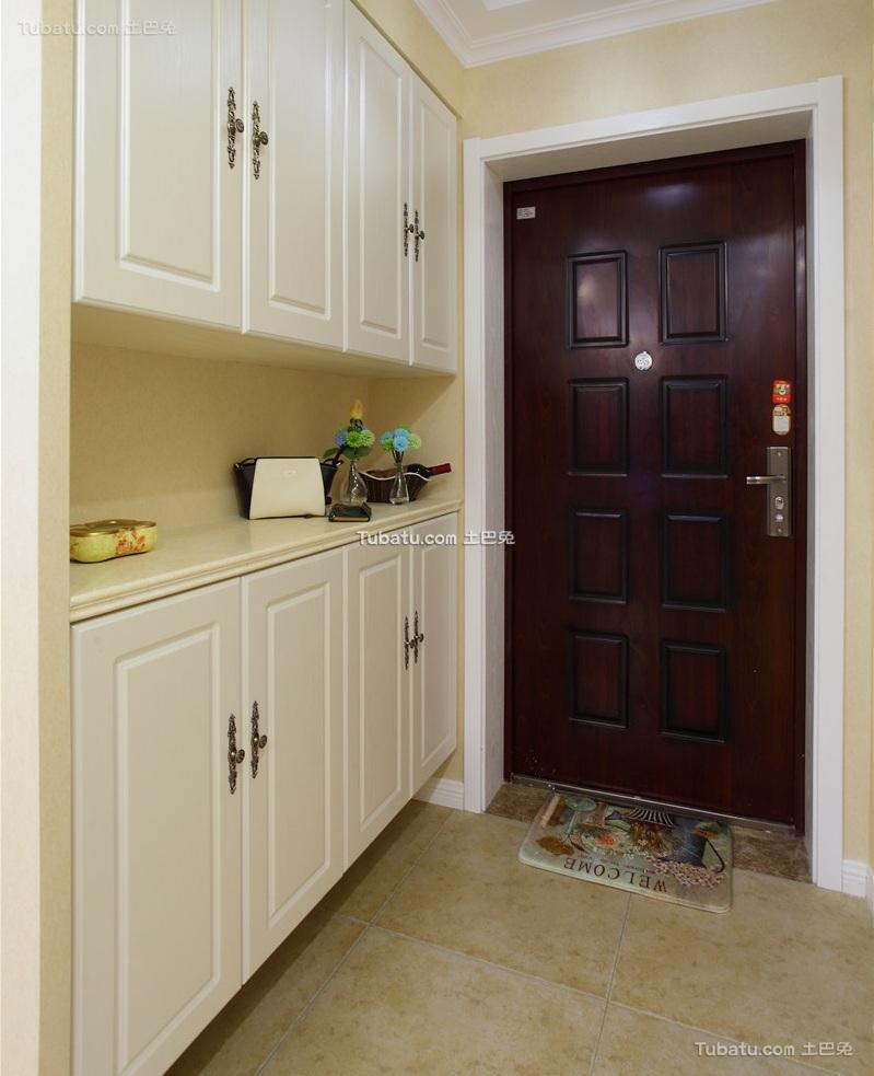 美式家居玄关装修设计效果图