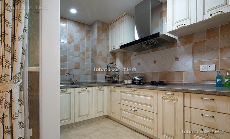 美式室内厨房家居装饰设计效果图